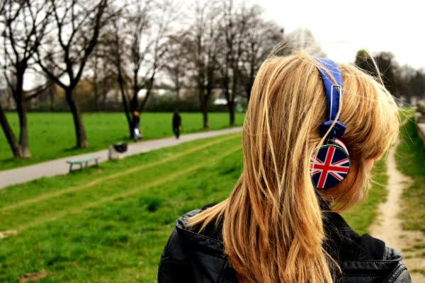 Como-aprender-inglês-escutando-música